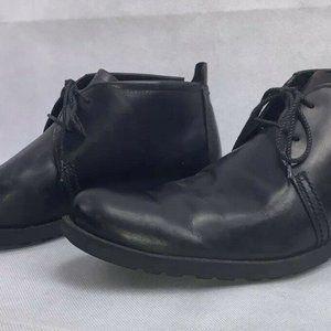Timberland Men's Black Size 9.5 chukka boots